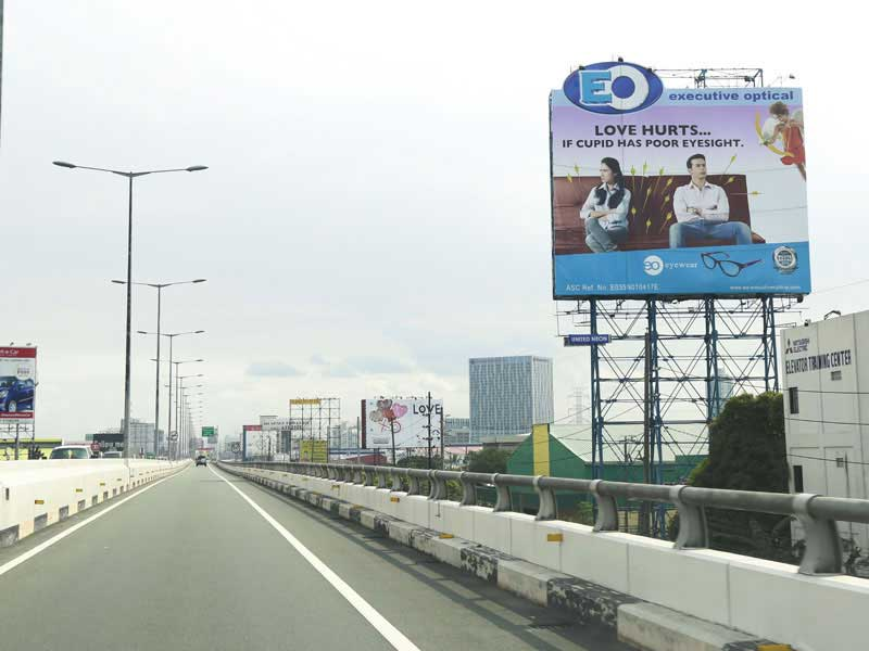 Billboards of Executive Optical
